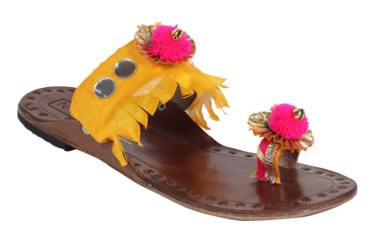 Yellow One Toe Kolhapuri footwear
