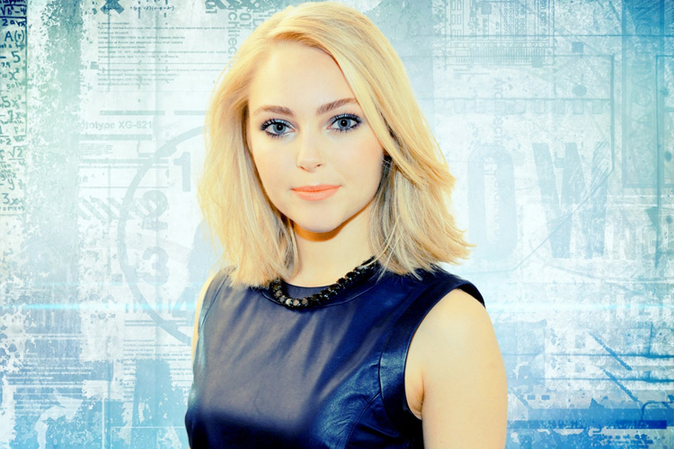 Annasophia Robb Age Height Feet Body And Wiki