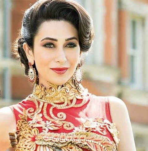 karishma kapoor hair style 15 who are ageing most gracefully 5728