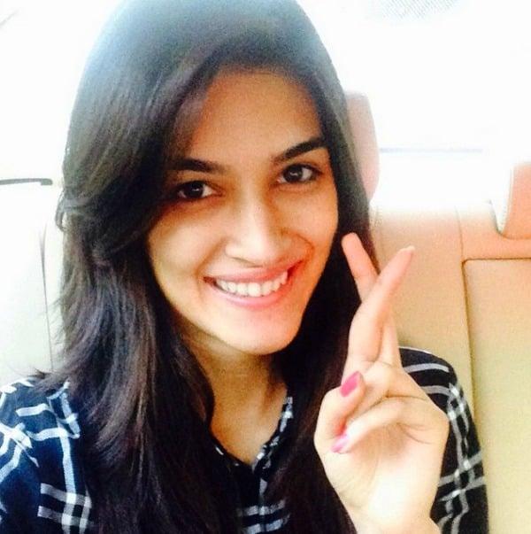 krithi sanon without makeup