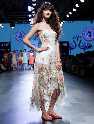 Disha Patani Walks Ramp