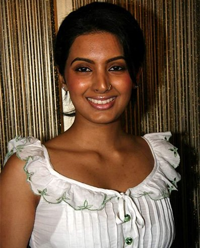 Geeta Basra Without Makeup