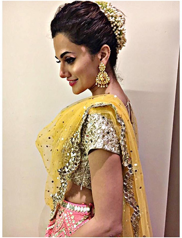 Taapsee Pannu Hairstyle