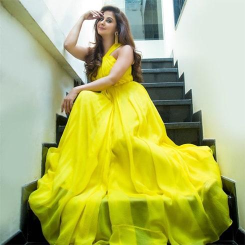 Urmila Matondkar Yellow Dress