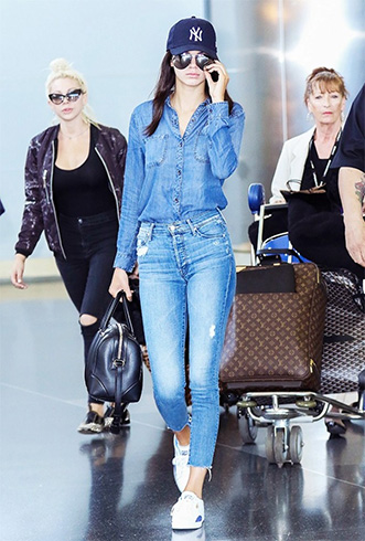 Distressed Skinny Jeans for Women