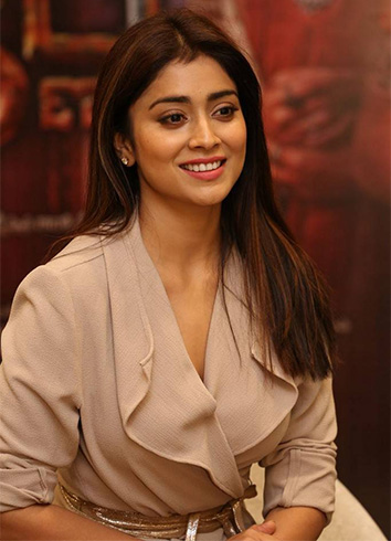 Shriya Saran Facts