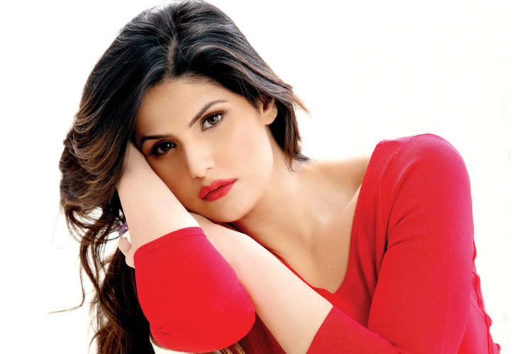 Zareen Khan Age, Height, Weight, Family, Husband and Biography
