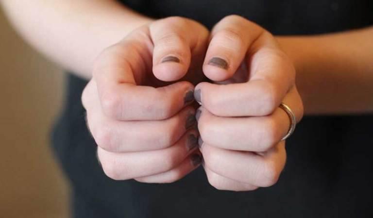 Fingernails rubbing