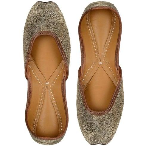 Golden Leather Juttis