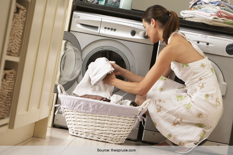 How To Wash White Clothes