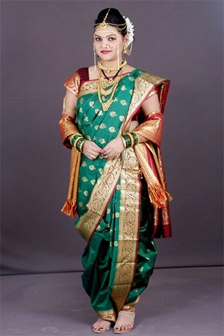 Nauvari Saree Bridal