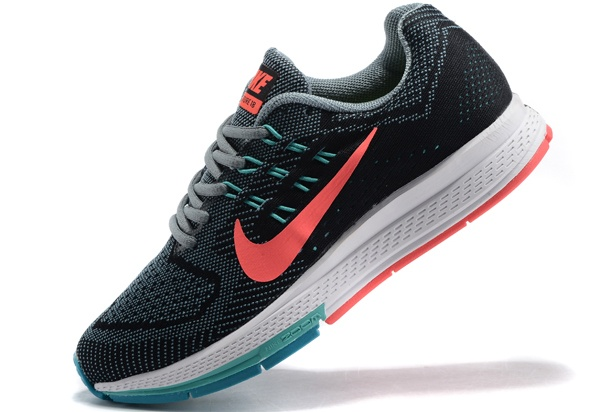 Nike Women Air Zoom Structure 18