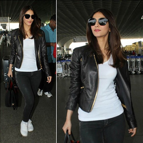 Vaani Kapoor At Airport