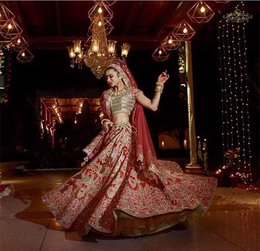 Aashka Goradia Wedding Dress