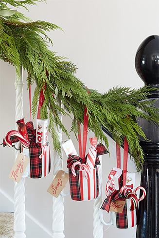 Latest Christmas Garlands