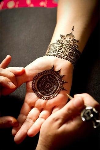 Bridal bangle style mehndi