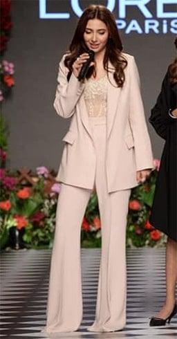 Mahira Khan Fashion Show