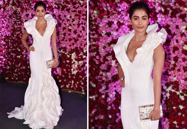 Pooja Hegde At Lux Golden Rose Awards 2017