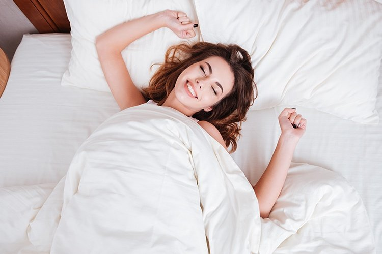 Tips To Wake Up Early From Bed In Winter