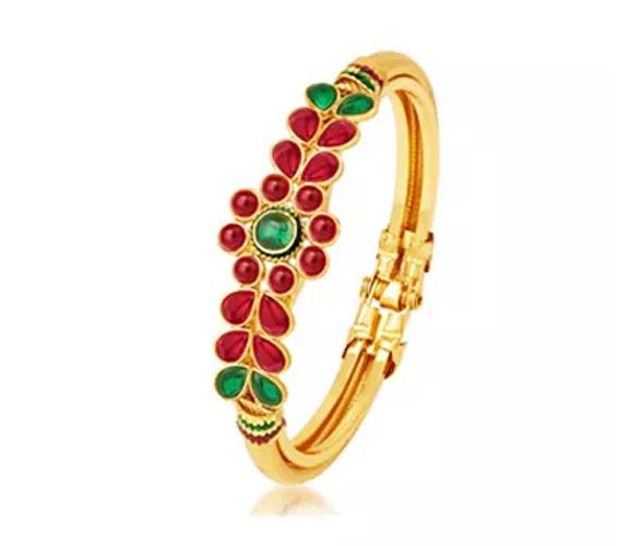 Sukkhi Glamorous Gold Plated Kada