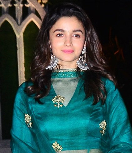Alia Bhatt Amrapali Earrings