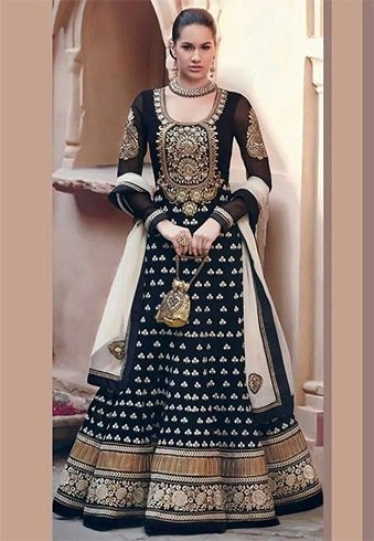 Best Outfit Options For Makar Sankranti