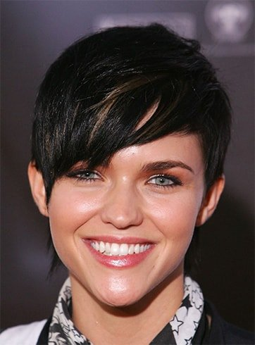 Short Hairstyles For Tall Ladies