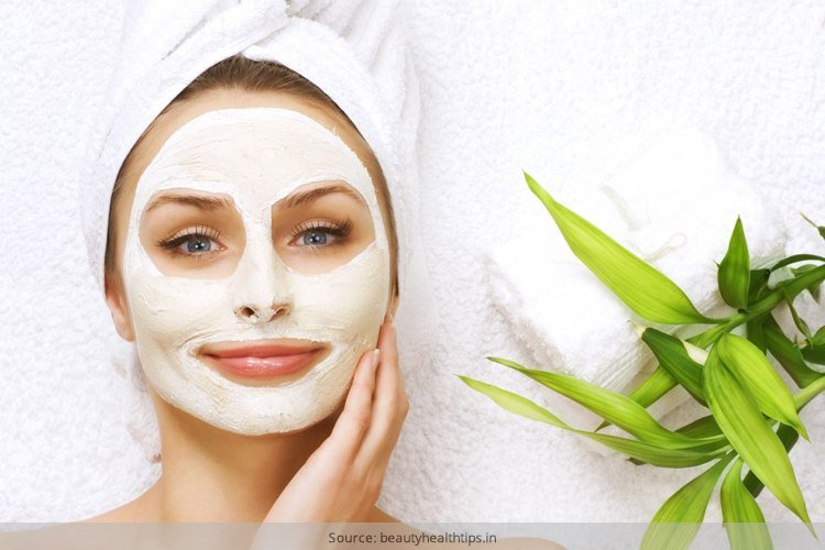 Chamomile face mask for glowing skin