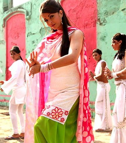 Patiala Salwar suit for Holi