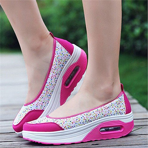 Comfortable Travel Shoes for Womens