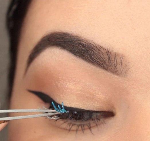 Glittery False Eyelashes