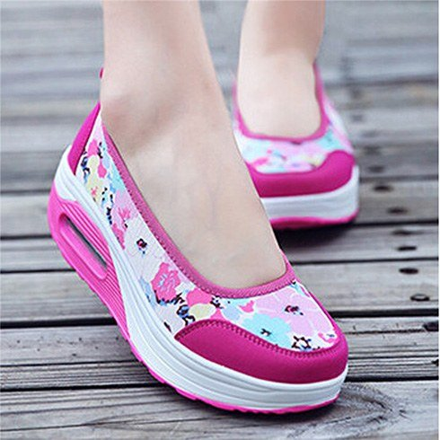 Womens comfortable travel shoes