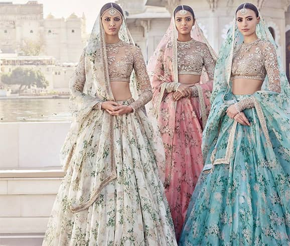 Lehenga Designs For Bride Sister