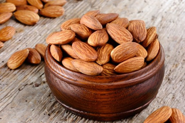 Almonds to eat after a morning run