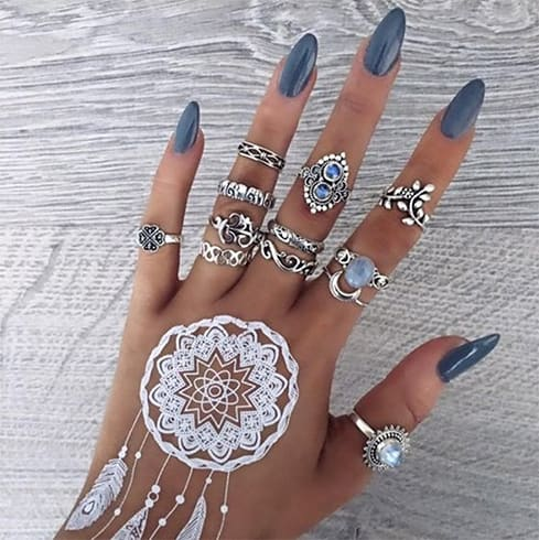 Dream Catcher In Mehndi