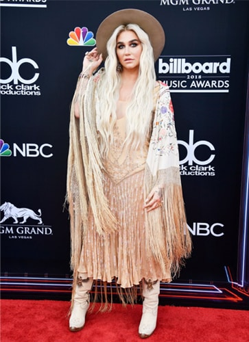Kesha Fashion At Billboard Music Awards
