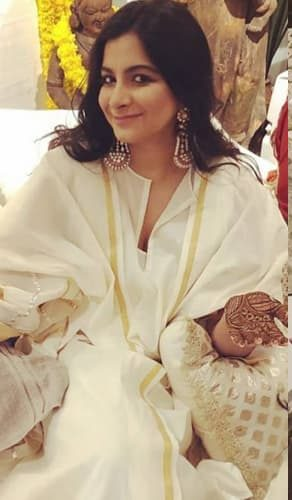 Rhea Kapoor in Sonam's Mehendi Celebrations