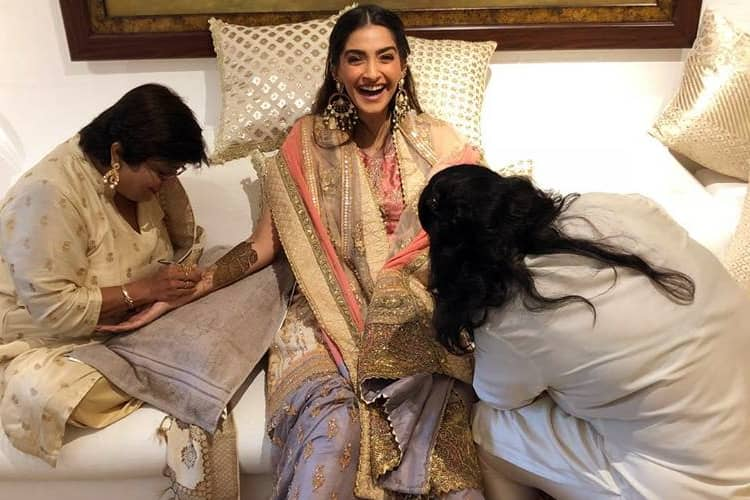 Sonam Kapoor Mehendi Celebrations