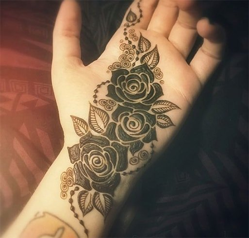 Roses And Swirls Henna Design