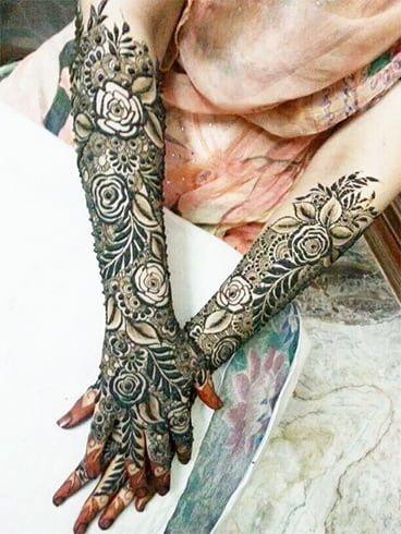 Rose Mehndi Designs For Bride