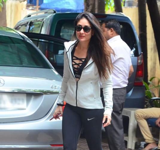 Kareena In Black Criss-Cross Sports Bra