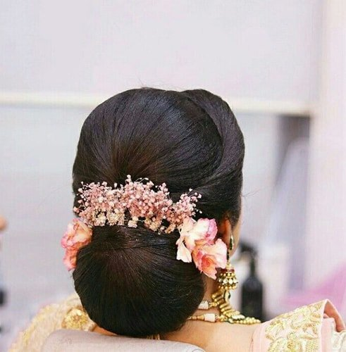 Spiral Bun With Flowers