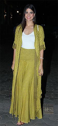 Aahana Kumra in Keva Outfit