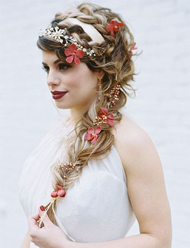 Hairstyles With Flowers In Hair