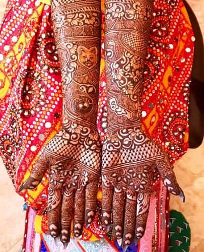 Floral Gujarati Mehndi Designs