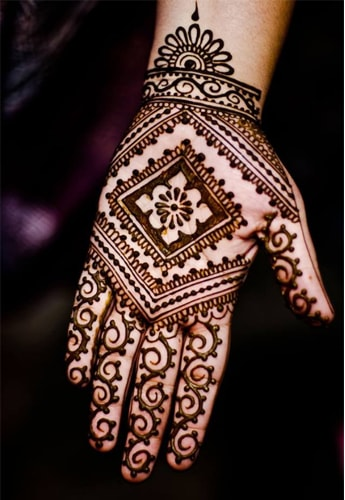 Geometric Mehndi for Fashion