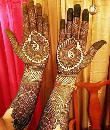 Gujarati Mehndi For woman