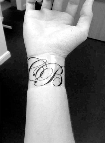 name tattoo for fashion