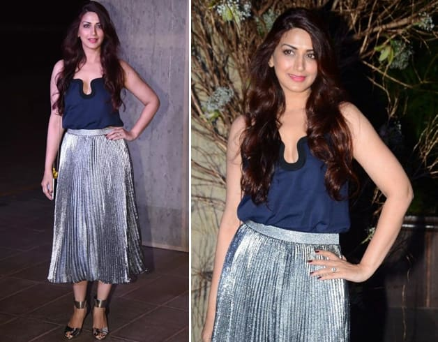 Sonali in Silver Skirt