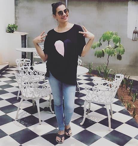 Geetha Madhuri in Jeans
